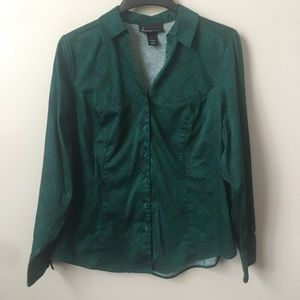 Lane Bryant Emerald Graphic Button Down Top
